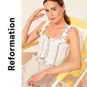 Reformation Bayley white linen Crop Top 4